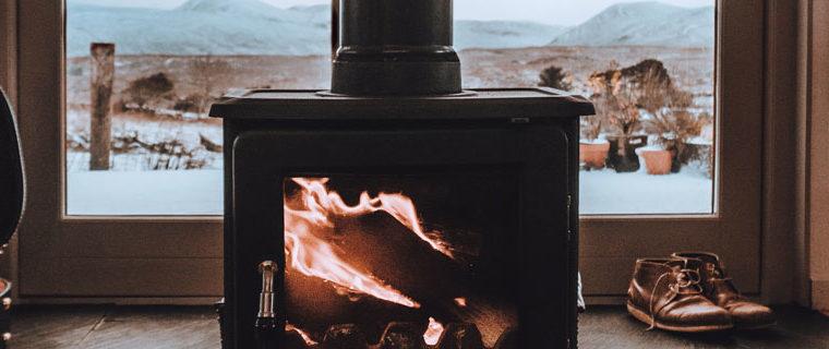 Mantenimiento de chimeneas de leña y estufas de pellets